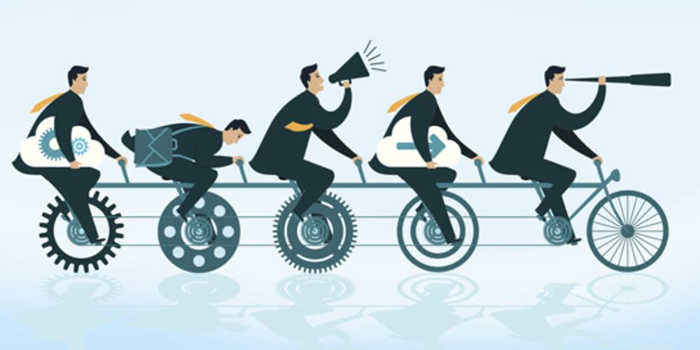 la collaborazione tra persone di un team affiatato che lavora con coordinazione per raggiungere gli obiettivi